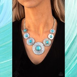 Tiger Trap Turquoise Blue Stone Necklace Set